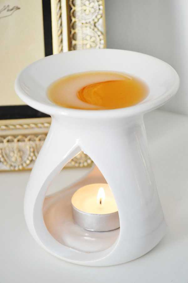 An Easy Way To Remove Wax Tarts From Your Oil Burner- Busy